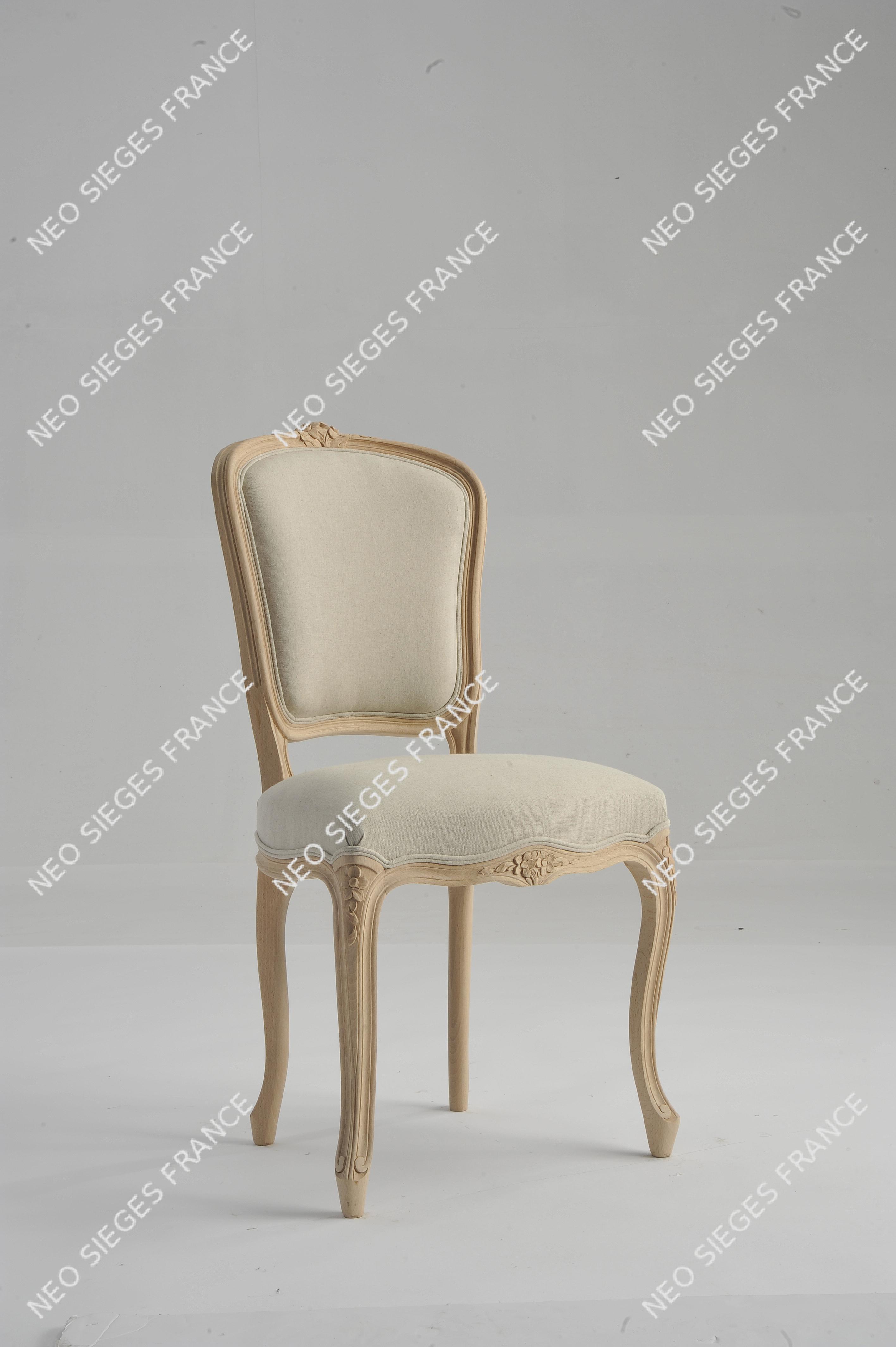 Chaise réf. 1621 Louis XV fleurettes garnie en blanc lin